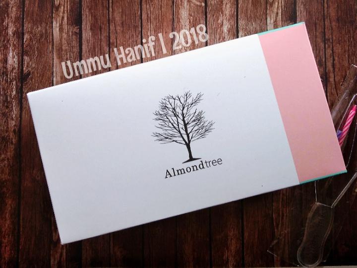 Kemasan Cake Almond Tree