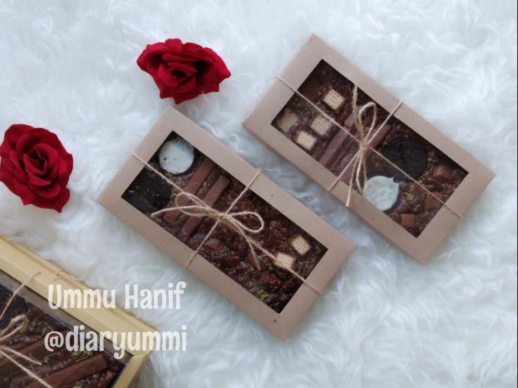 Box Brownies Menggunakan Kertas Samson