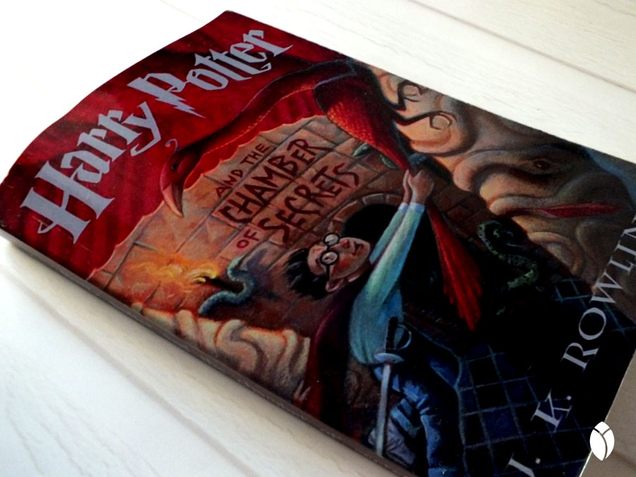 Buku kedua harry potter, the chmaber of secrets